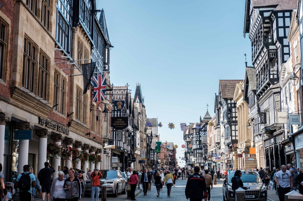 Things to do in Chester beautiful buildings